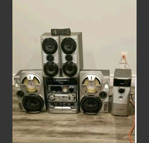Philips FWC798 01 Stereo system with remote for Sale in East Brunswick, NJ