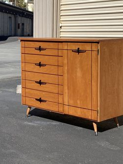 Mid Century Modern Dresser By Edison Furniture for Sale in Chula Vista,  CA
