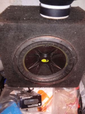 """The box is COMP 10"""" & . pioneer amp 240W for Sale in Lancaster, PA"""