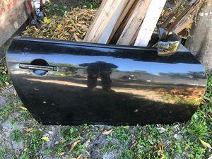 Infiniti G37 2008-2010 partes puerta y espejo for Sale in Miami Gardens, FL