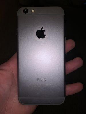iPhone 6s broken screen for Sale in Norwalk, CT