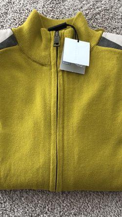 New Children Burberry Sweater Size 8 for Sale in Vernon Hills,  IL