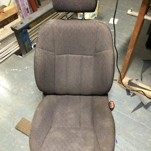 Jeep Seat for Sale in Cleveland, OH