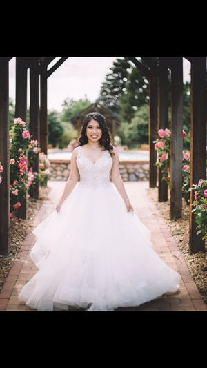 Wedding dress for Sale in Aurora, CO