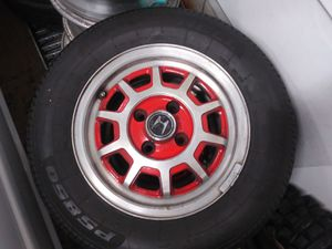 "Honda civic 13"" OEM alloys w new tires for Sale in Puyallup, WA"