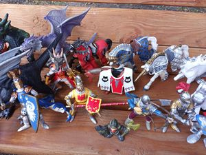 Dragon and knights for Sale in Mesquite, TX