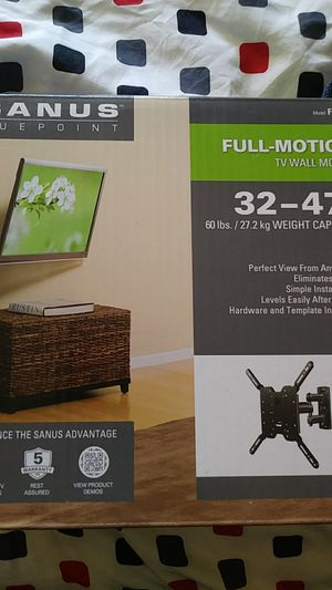 32-47 inch tv wall mount for Sale in Boston, MA