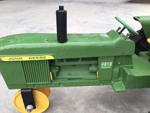 John Deere 4010 cast iron traveling sprinkler for Sale in Surprise, AZ
