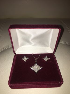 Authentic Diamond Princess Cut Necklace & Matching Earrings for Sale in College Park, GA