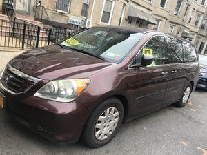 2008 Honda Osyssey Lx Maroon for Sale in Brooklyn, NY