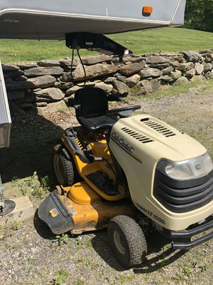 "50"" cub cadet tractor for Sale in Norfolk Historic District, CT"