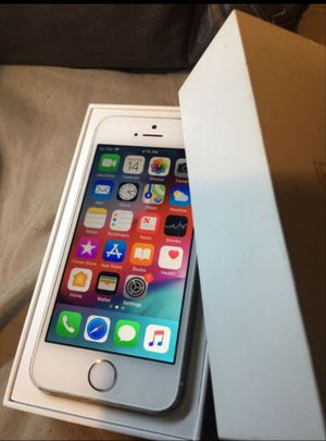 iPhone 5S, 16GB Factory Unlocked Excellent Condition , for Sale in Fort Belvoir, VA