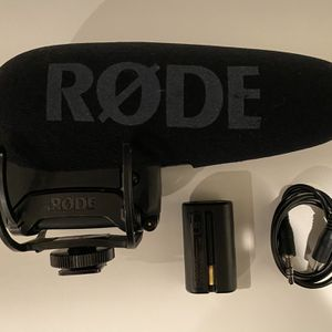 Rode VideoMic Pro+ for Sale in Los Angeles, CA