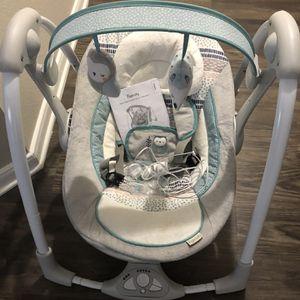 Baby Portable Swing for Sale in Rosenberg, TX