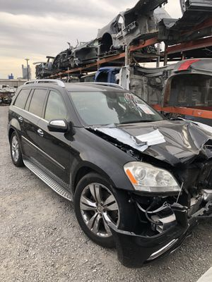 Parting Out! 2010 Mercedes GL450 for parts! for Sale in Rialto, CA