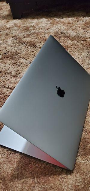 "15"" Macbook Pro intel i7 16gb ddr4 512gb ssd Touchbar Tocuh id with apple care for Sale in Stockton, CA"