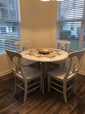 Gray distressed kitchen table and 4 chairs for Sale in Raleigh, NC