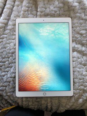 "iPad Pro 12.9"" Gold 32gb for Sale in Menifee, CA"
