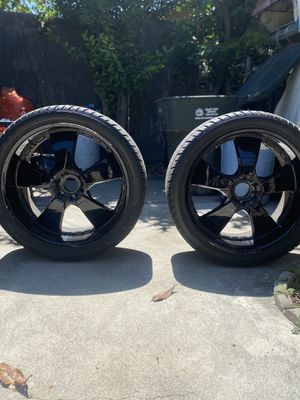 lx nine tires lx-nine 305/35r24 for Sale in El Monte, CA