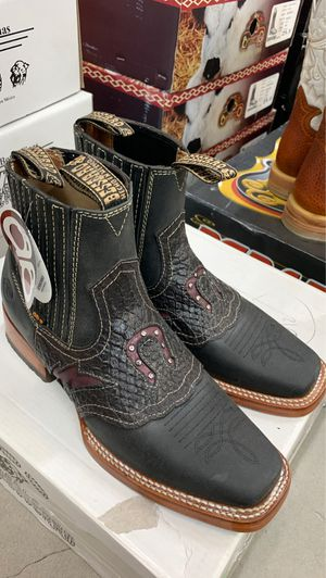 Cowboy boots for Sale in Haines City, FL