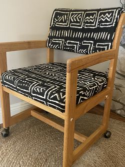 Mid Century Modern MCM Rolling Armchair with Wheels Black White Upholstered Solid Wood Accent Chair Dining Chair Desk Chair for Sale in Los Angeles,  CA