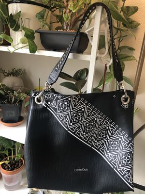 Calvin Klein RAYA HOBO bag for Sale in Beaverton, OR