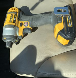 Charger and battery included Dewalt 1/4 impact 20v max Lithium ion for Sale in Etna, OH