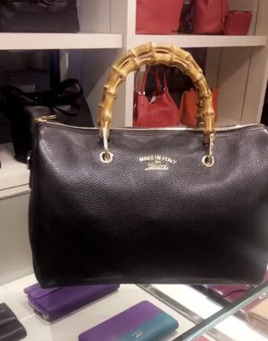 Gucci handbag with dust bag for Sale in San Diego, CA