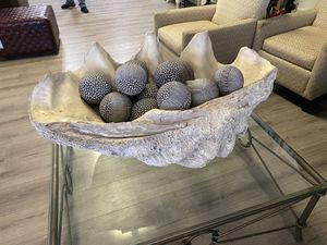 41x22 Large Huge Nautical Clam Shell Lombok Clam Shell Decor Excellent Mint Condition for Sale in Lake Worth, FL