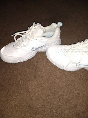 Nike women's shoes for Sale in Murfreesboro, TN