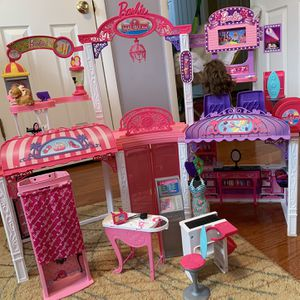 Barbie Mall for Sale in Springfield, VA