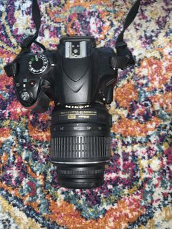 Nikon D3200 with 3 lenses, 3 batteries and SD Card! for Sale in Los Angeles,  CA