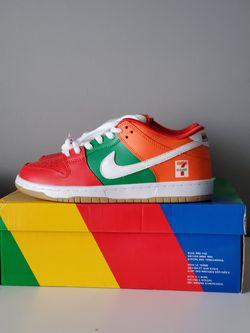 7-Eleven Nike Dunks size 9 for Sale in Alexandria,  VA