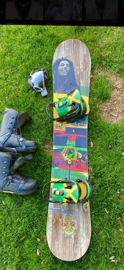 Bob Marley Special Edition Burton Snowboard With Boots And Goggles for Sale in Kingsburg,  CA
