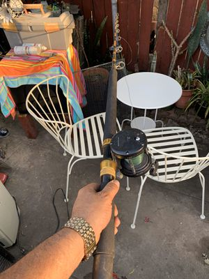 Custom made fishing pole 🎣 in good working conditions for Sale in Los Angeles, CA