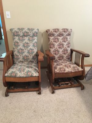 Antique Rocking Chairs for Sale in Seattle, WA