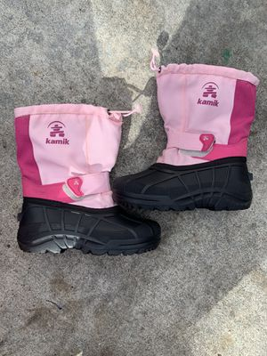 Snow boots size 13 for girl for Sale in Redwood City, CA