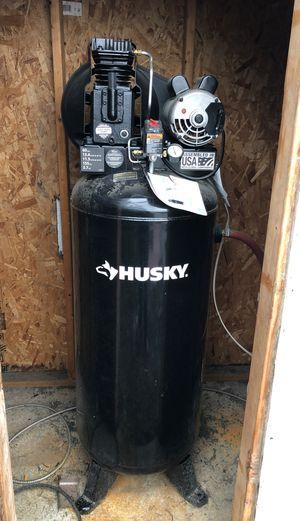 60 gallon air compressor Husky for Sale in Bellevue, WA