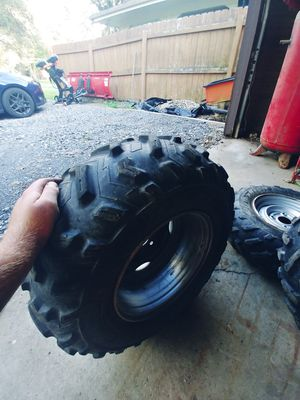 25 8 12 25 10 12 dunlop atv tires for Sale in NY, US