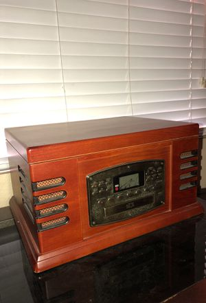 Record player/radio/cd player for Sale in City of Industry, CA