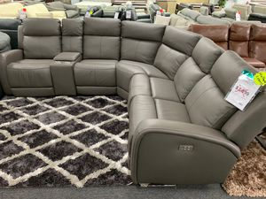 💥💥Power Reclining Sectional with USB Ports 🔌🔋🛋 for Sale in West Palm Beach, FL