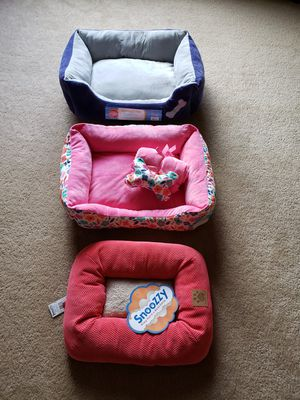 Cuddler pet bed for Sale in Yorkville, IL
