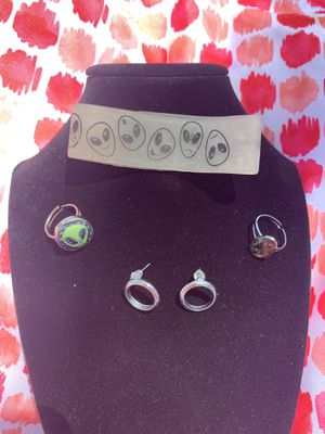 Alien jewelry set for Sale in Placentia, CA