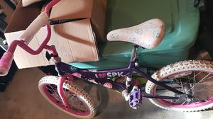 Girl bike for Sale in Joint Base Lewis-McChord, WA