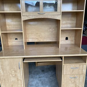 Office Desk for Sale in Maple Valley, WA
