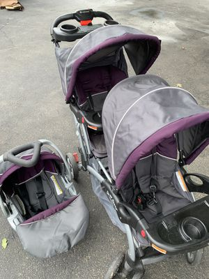 Double stroller travel system for Sale in Frederick, MD