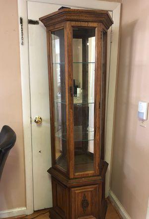 Curio cabinet for Sale in North Reading, MA
