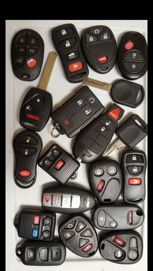 Remote key fobs/ controles for Sale in Fort Worth, TX