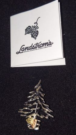 Landstrom Christmas Tree Brooch for Sale in Las Vegas,  NV