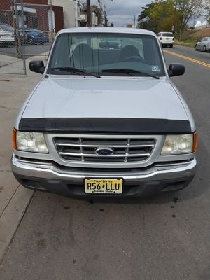 2002 Ford ranger 4.0l automatic for Sale in Elizabeth, NJ